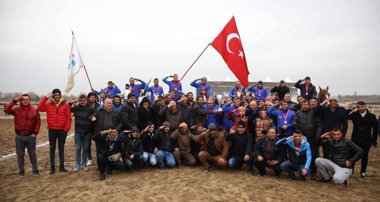 Atlı Cirit 1. lig şampiyonu Bir Eylül İhtisas Atlı Cirit Spor Kulübü