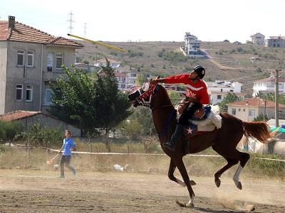 Atlı Cirit Yükselme Turu C Grubunda haftanın yıldızı Uşak Bölme Atlı Cirit Spor Kulübü