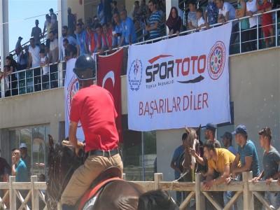 III. Geleneksel Rahvan At Yarışları Konya Pamukçu Tesislerinde Yapıldı.